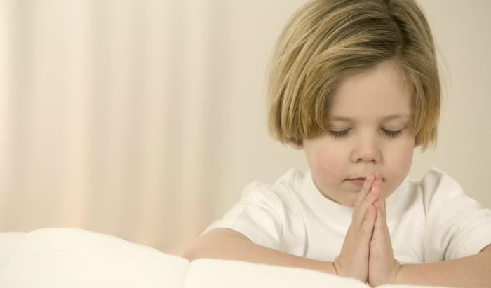 Bedtime Prayers and Using A Bedtime Routine Checklist & GIVEAWAY