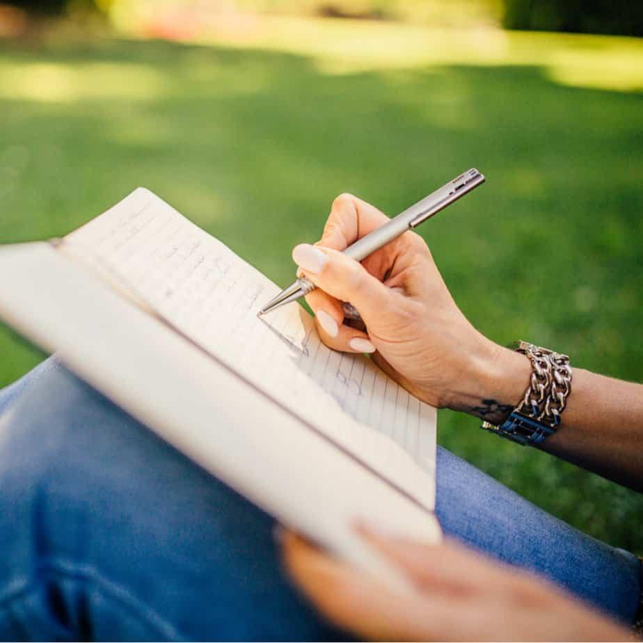20 Prayer Journal Prompts
